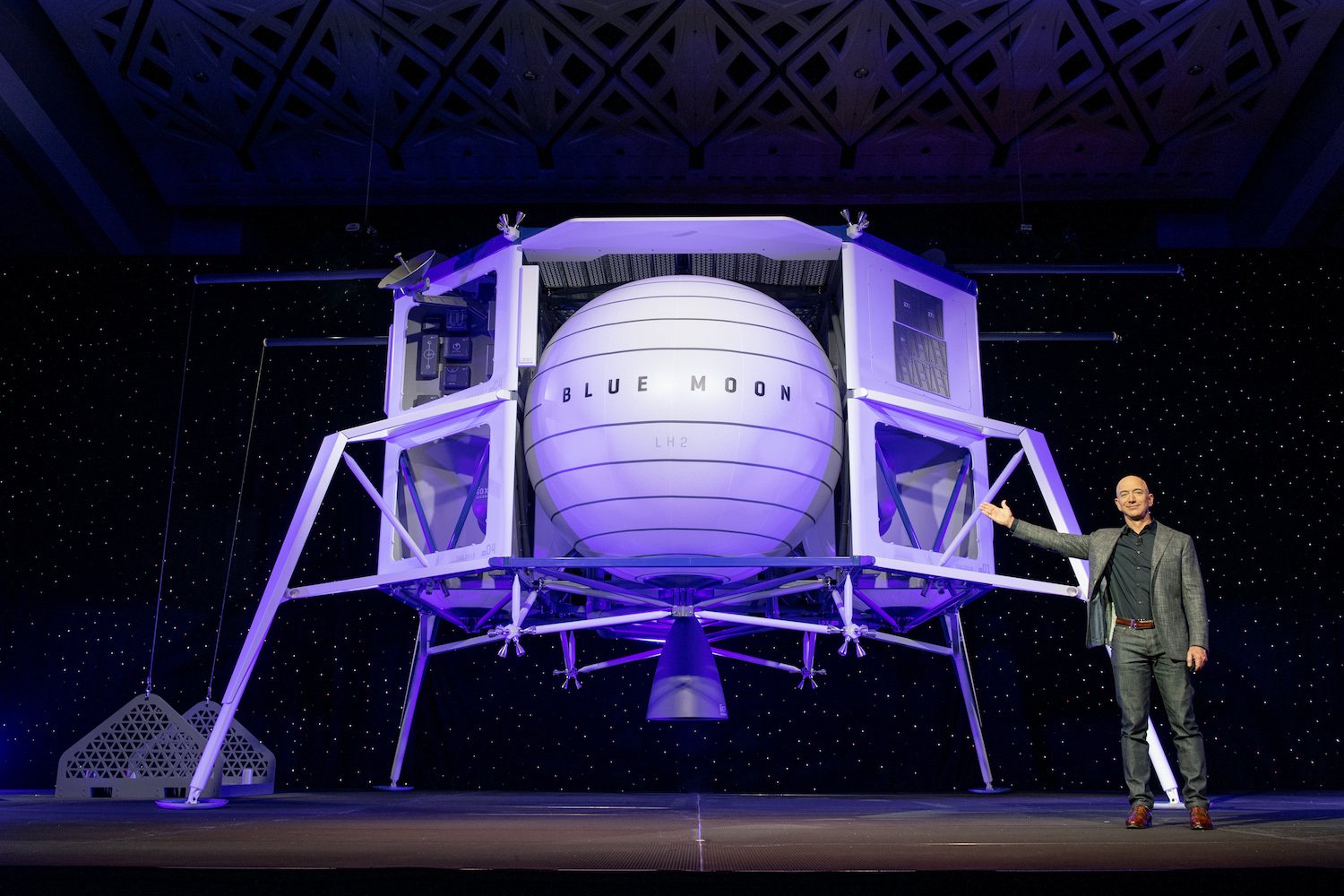 Jeff Bezos Unveils Plans To Send The First Commercial Manned Mission To The Moon