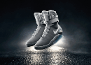 Back-to-the-future-2015-nike-air-mag-shoe-gif-3-small
