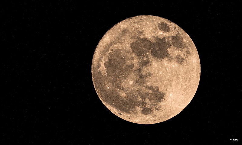 "April's Super ""Pink"" Moon Will Be This Year's Biggest And Brightest Full Moon!"