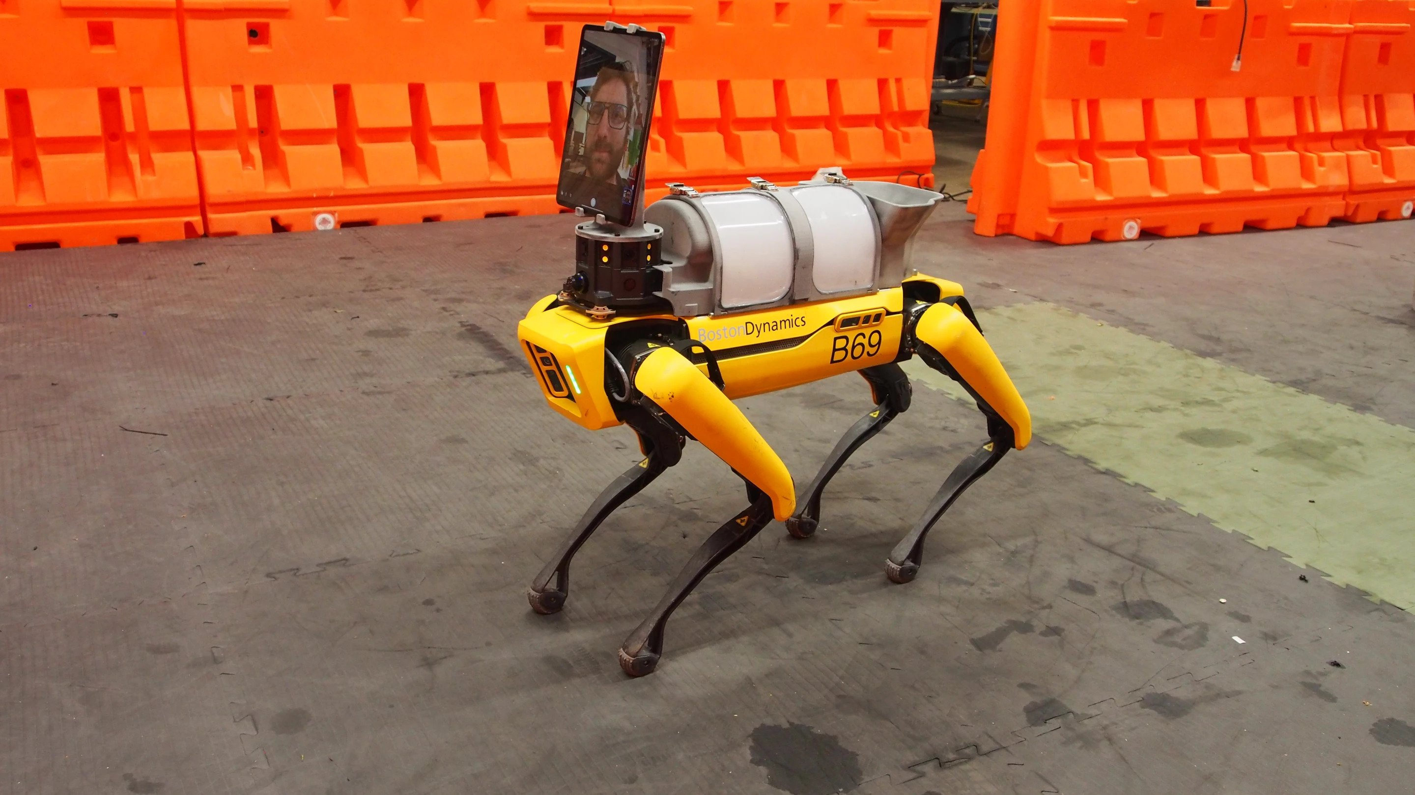 """Boston Dynamics' Robot """"Dog"""" Joins The Fight Against COVID-19"""